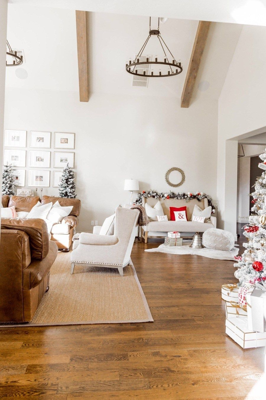 Red and White Christmas Living Room Tour | Christmas ...