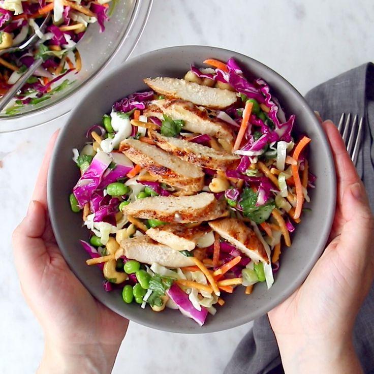 Cashew-Crunch-Salat mit Sesam-Dressing – das ist das gesunde Sommerrezept, das …