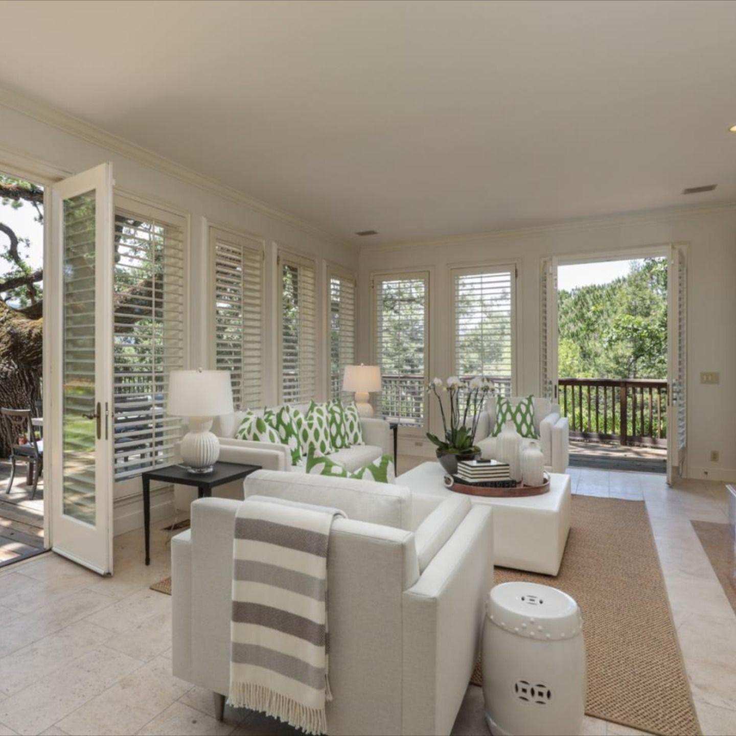 1170 Trinity Dr, Menlo Park, CA 94025 - $4,148,000 3 Beds   3.2 Baths   5,090 Sq. Ft.  Courtesy of : Tom Lemieux - Compass  For questions or for private showing contact: Carolyn Botts Compass P: (650) 207-0246 E: carolynb@apr.com  #homeforsaleinMenloPark #MenloParkHomes #houseforsale #realtor #compass  #luxuryrealestate #realestateagent #dreamhome #milliondollarhomes #realestatemarket #findhome  #firsttimehomebuyers  #siliconvalleyhomes #siliconvalley #carolynbotts #carolynbottsrealtor