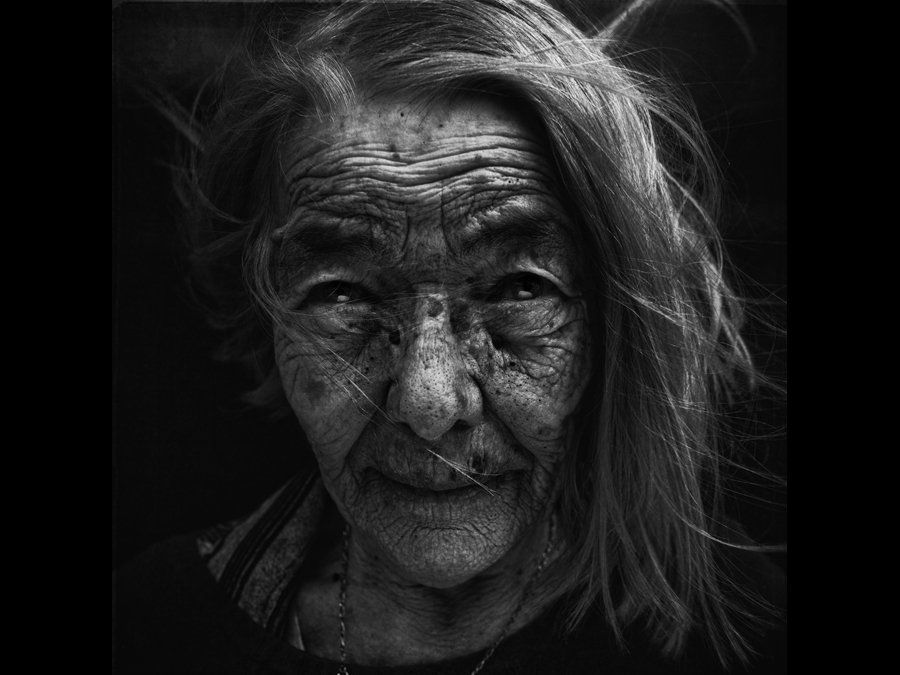 Photographer Lee Jeffries Striking Portraits Will Change: These Striking Black And White Portraits Will Give You