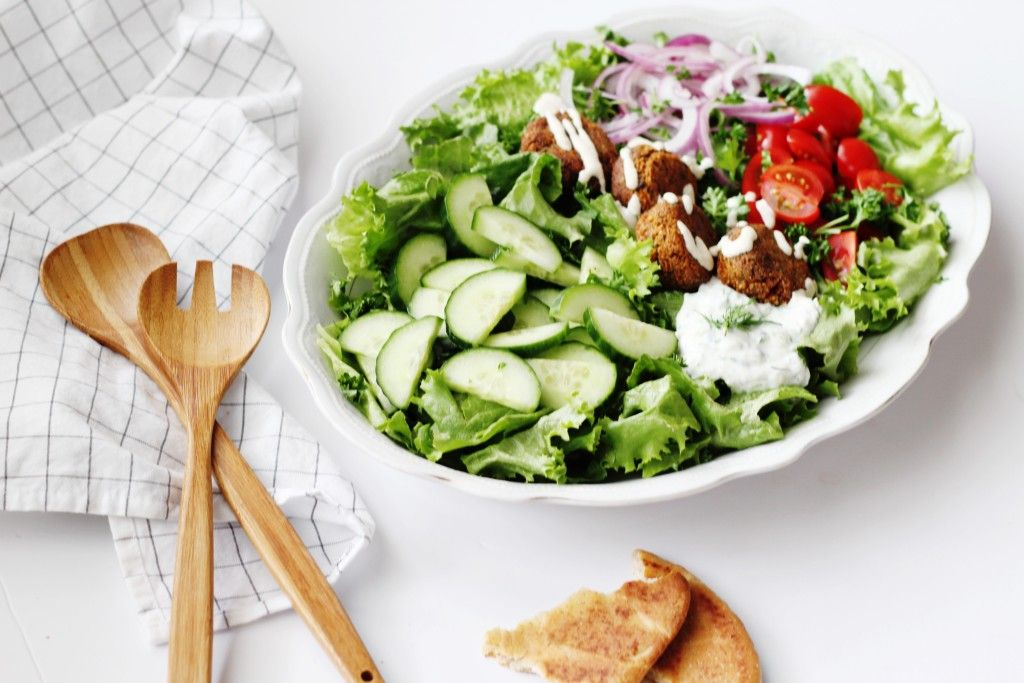 Recipe for Falafel Salad with Garlic Lemon Tahini Dressing ...