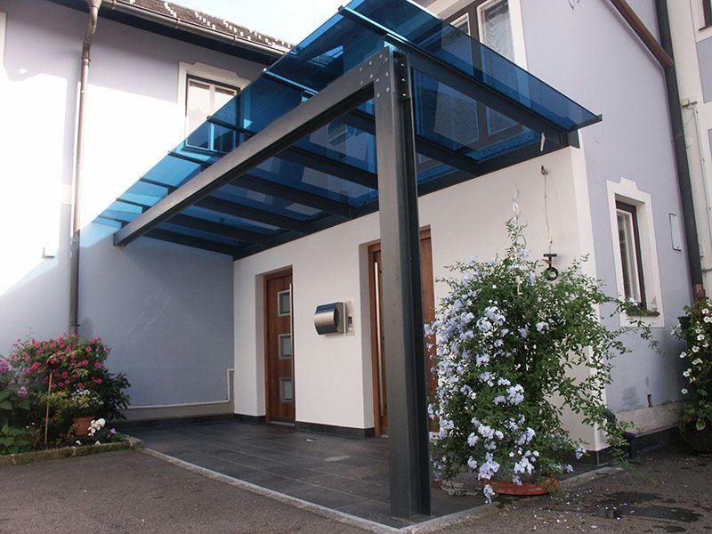 Eingangsüberdachung aus Stahl - pulverbeschichtet