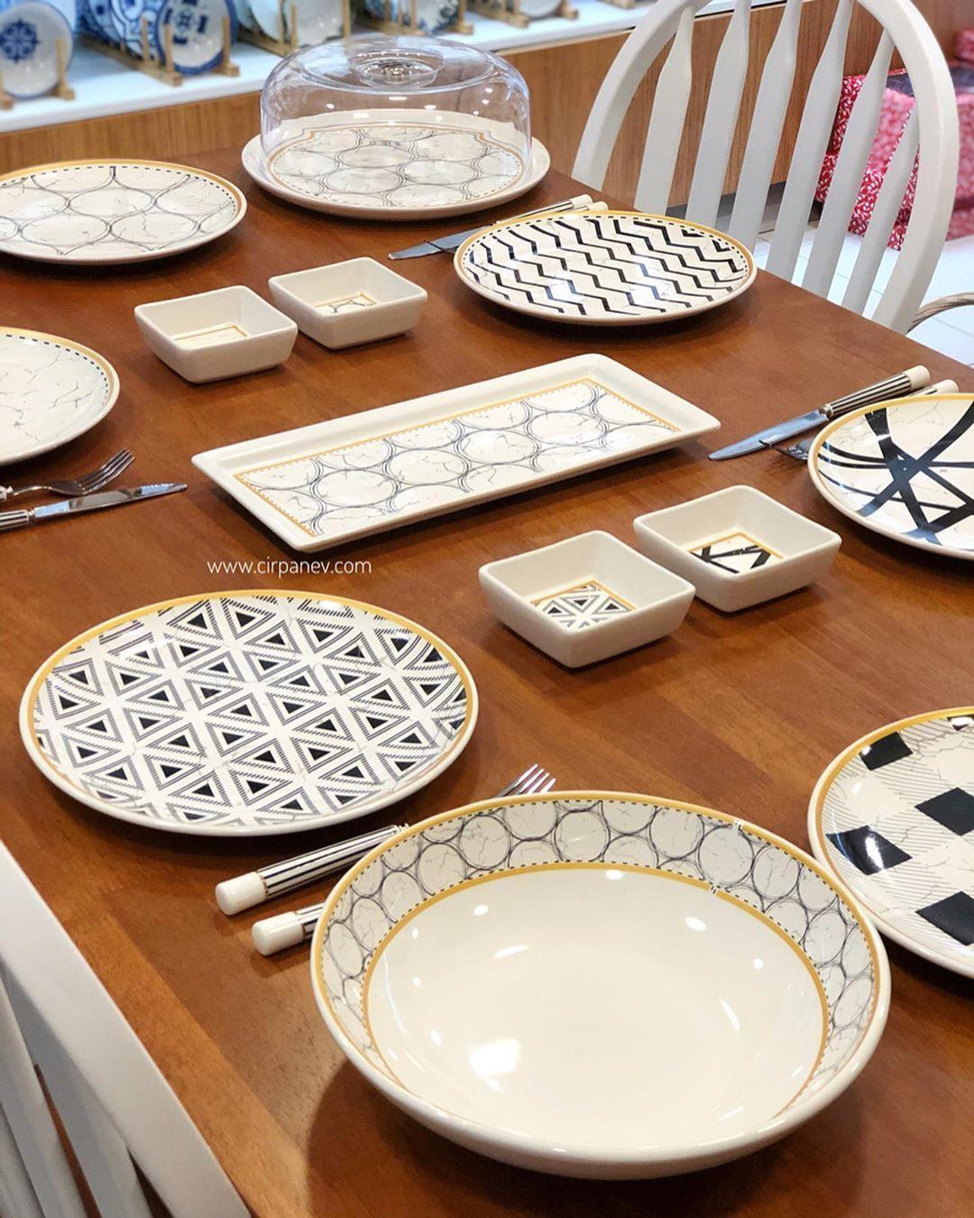 Cirpan Ev On Instagram Yeni Pm Leonardo Urunlerimizden Feza Serisi Ile Hazirladigimiz 15 Parca 6 Kisilik Servis Seti In 2020 Dinner Plate Sets Plates Dinner Plates