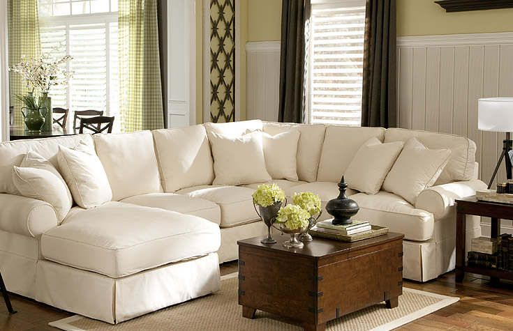 tips in choosing living room furniture set : cozy white living