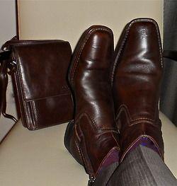 Kenneth Cole boots & Derek Alexander bag   #menstyle #menswear #menscouture #mensfashion #instafashion #fashion #hautecouture #sartorial #sprezzatura #style #dapper #dapperstyle #pocketsquare