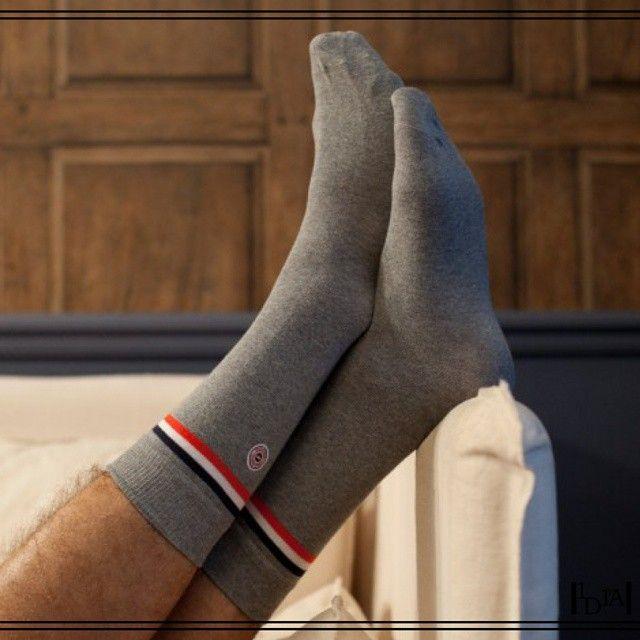LE SLIP FRANÇAIS l'ardèche. La banière tricolore n'est pas abusive avec ces chaussettes fabriquées en France / The tree-coloured banner is not abusive with these socks made in France. 1d1fa