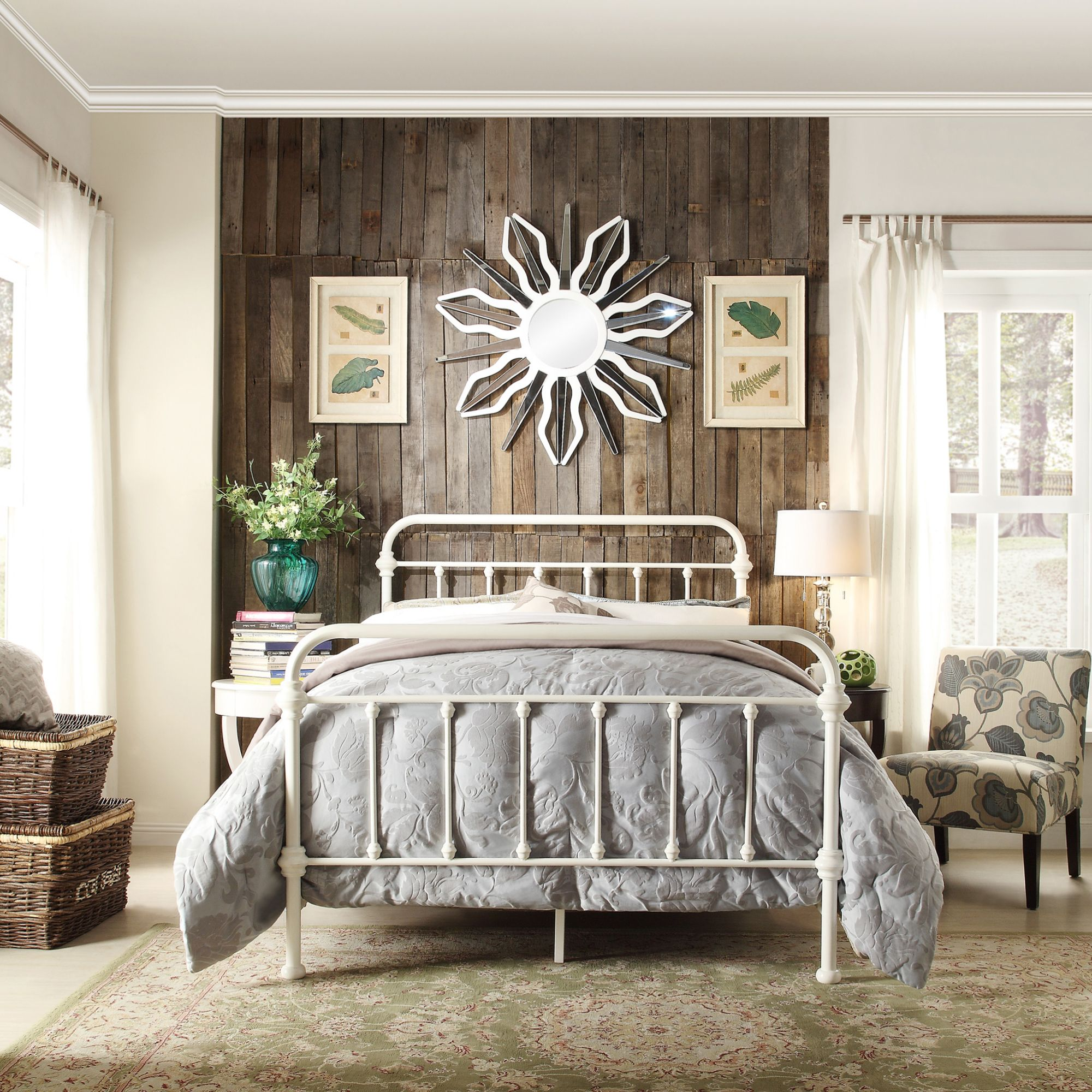 Farmhouse Style Is All About Being Both Rustic And Elegant Like This Bedford White Metal Bed Super Affo White Iron Beds White Metal Bed White Metal Bed Frame