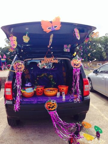 Trunk Or Treat Mardi Gras Theme Trunk Or Treat Spooky Decor