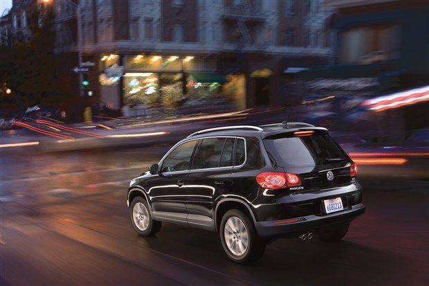 2010 Volkswagen Tiguan Deep Black Metallic Rear Eurocar News Volkswagen Black Metallic Suv