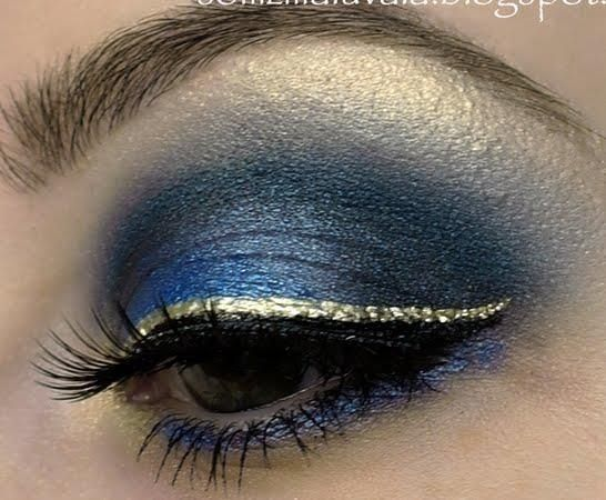 The Gold Eyeliner Navy Blue Eyeshadow Perfect For Game Day
