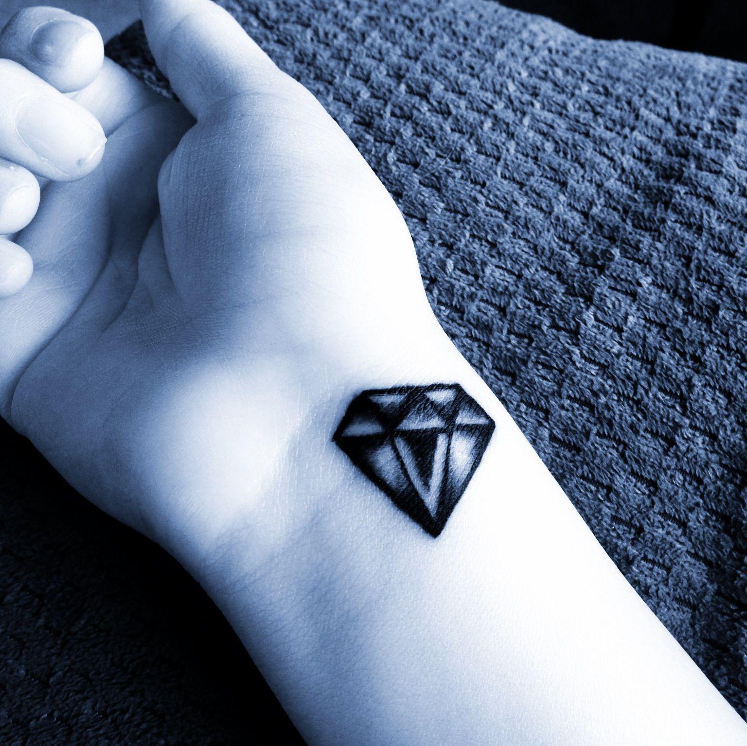 Diamond Tattoo Diamond Tattoos Diamond Tattoo Designs Funky Tattoos
