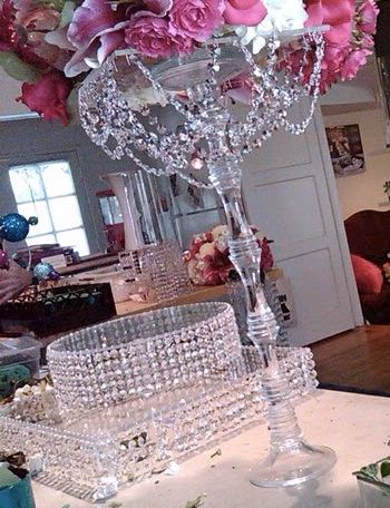 clear glass with crystals hanging down | centerpieces | Pinterest ...