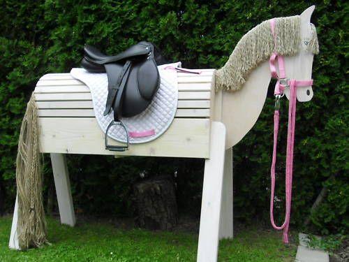 die besten 25 voltigierpferd holz ideen auf pinterest holzpferd voltigierpferd. Black Bedroom Furniture Sets. Home Design Ideas