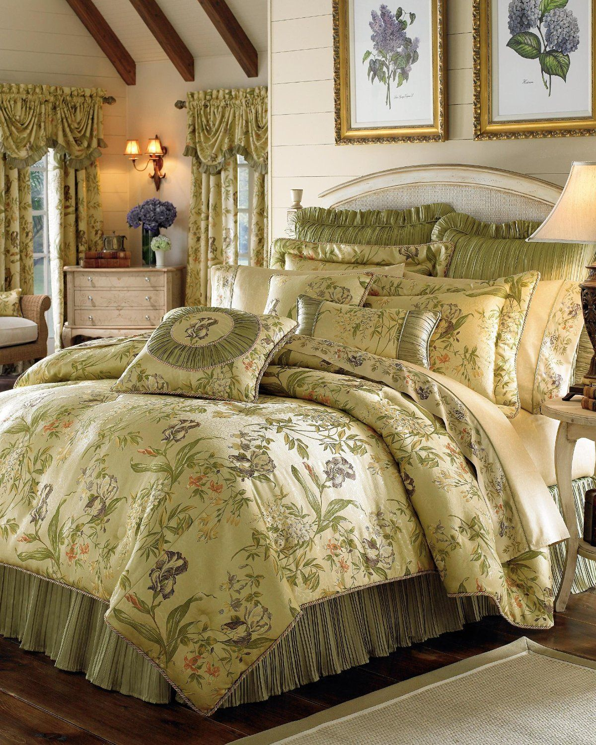 Victorian Bedding Victorian Bedding Ensembles Opulence And Luxury Fit For A Queen