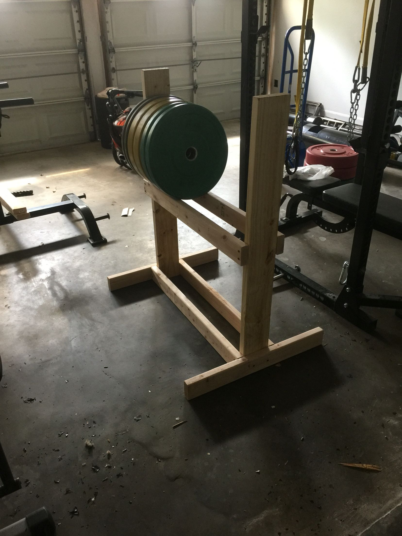 Diy plate storage plan to add a shelf on top for dumbells war
