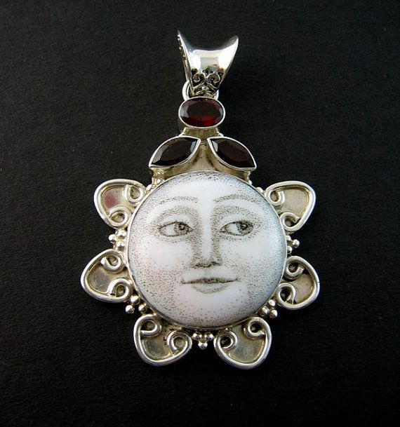 .putt a face in a bottle cap for jewelry