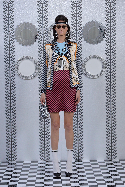 Pin by Sayre Mickels on Runway Walkin' | Fashion, Holly
