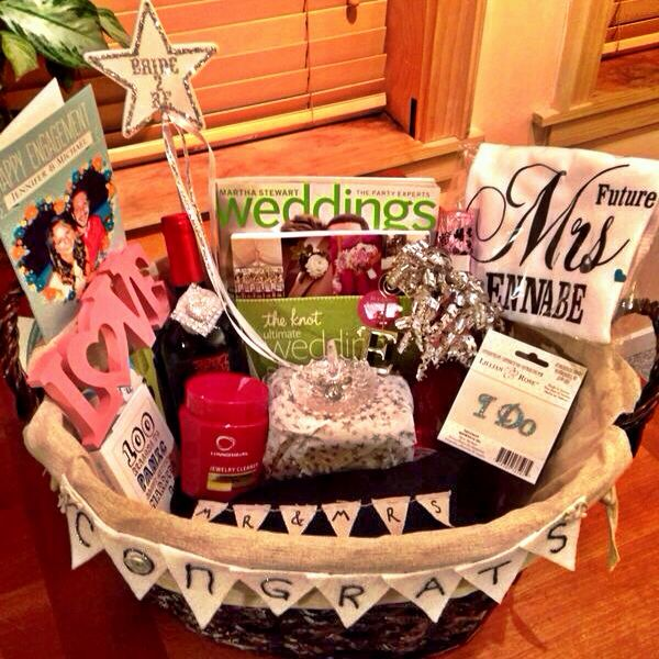 Wedding Magazine Subscription Gift: Includes Ring Holder, Future Mrs