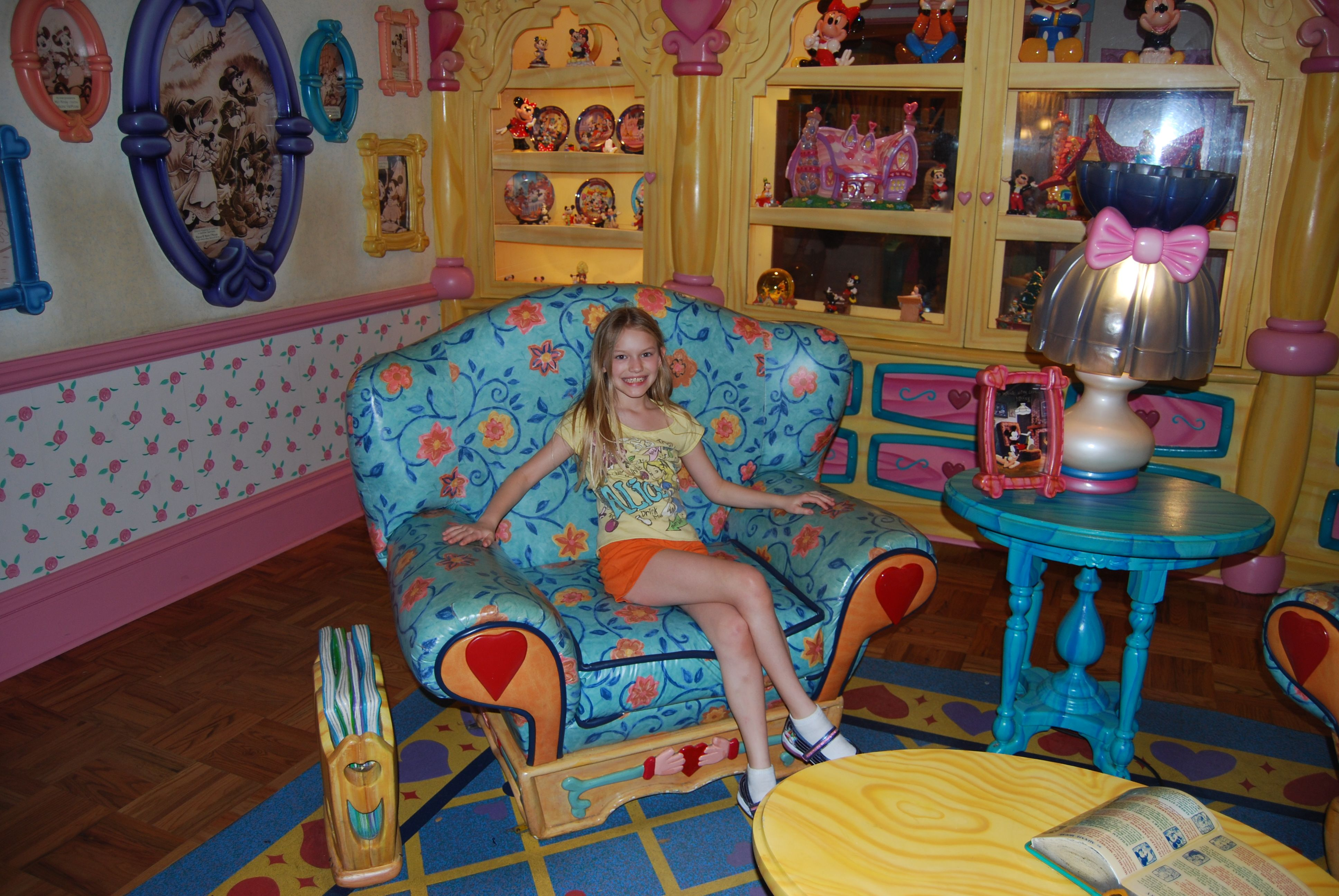 15 Cute Mickey Mouse Kids Room Designs And Furniture : Beautiful Mickey  Mouse Themed Kids Room