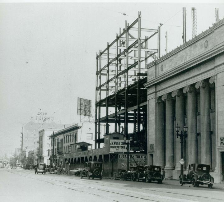 Construction Of The El Capitan Theater