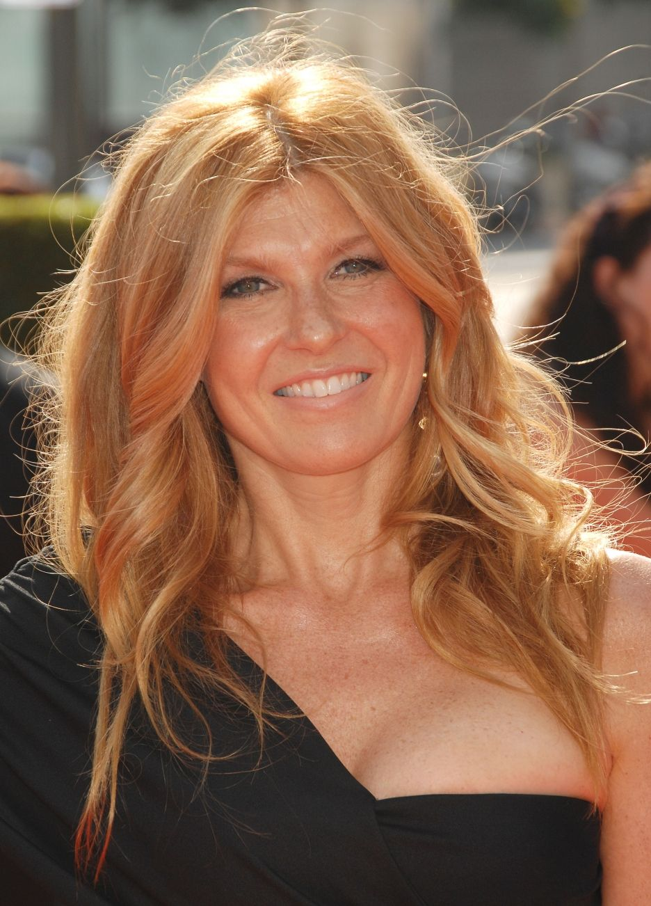 Connie Britton - love the hairstyle and color | Hair and ...
