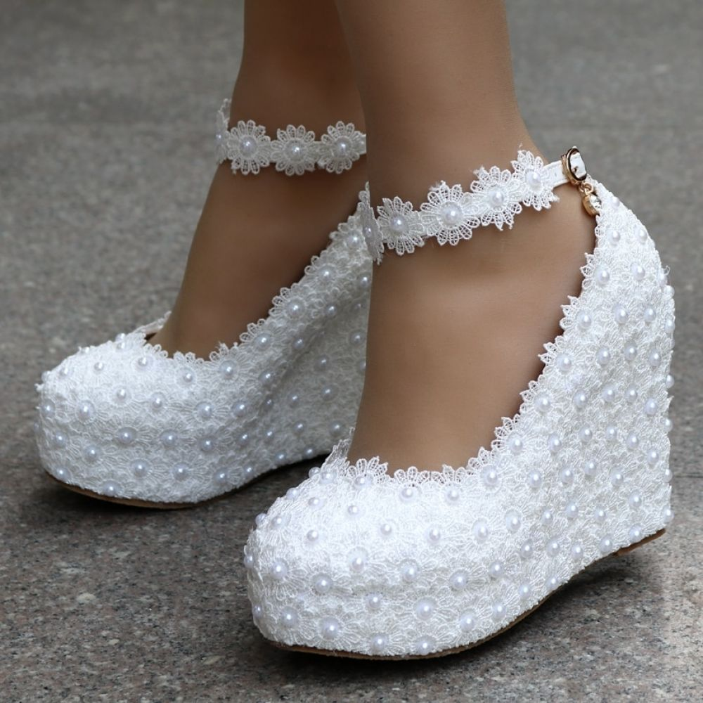 Elegant White Satin Wedding Shoes Sequins Beaded Lace