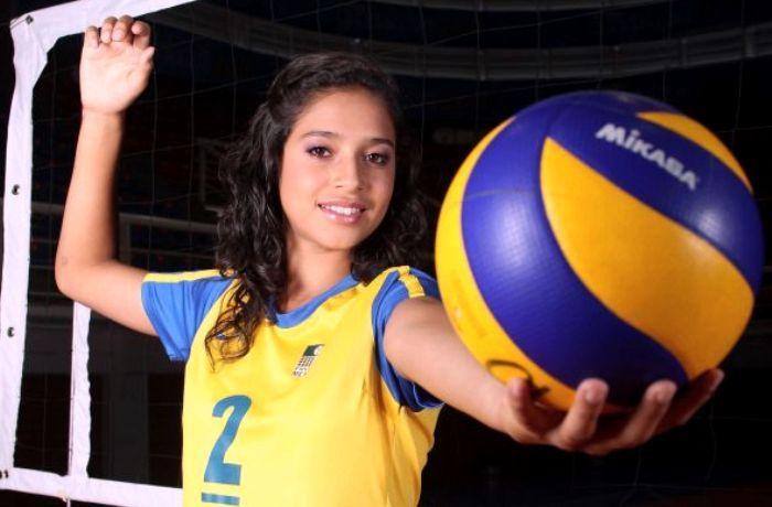 Samantha Bricio Women S Volleyball S Greatest Asset Music And Film Women Volleyball Samantha Volleyballs