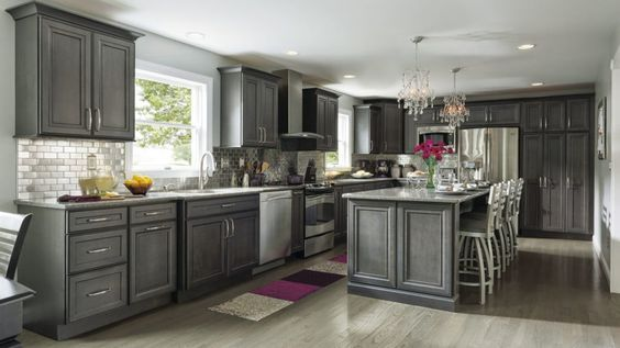 Best Cherry Wood Saddle Madison Door Gray Stained Kitchen 400 x 300