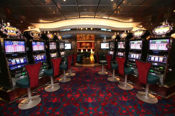oasis of the sea casino royale