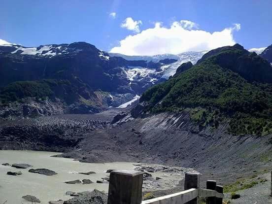 Patagonia. Cerro Tronador. Glaciar Ventisquero Negro. Argentina