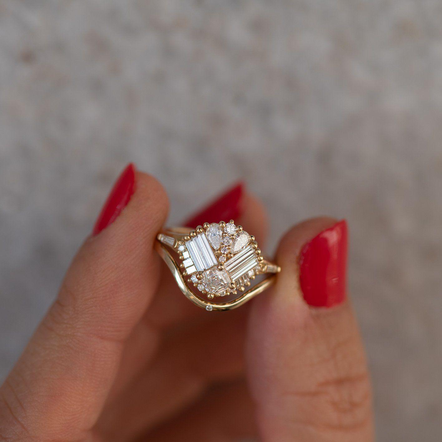 Mirrored Cluster Ring with Asscher Cut Diamond