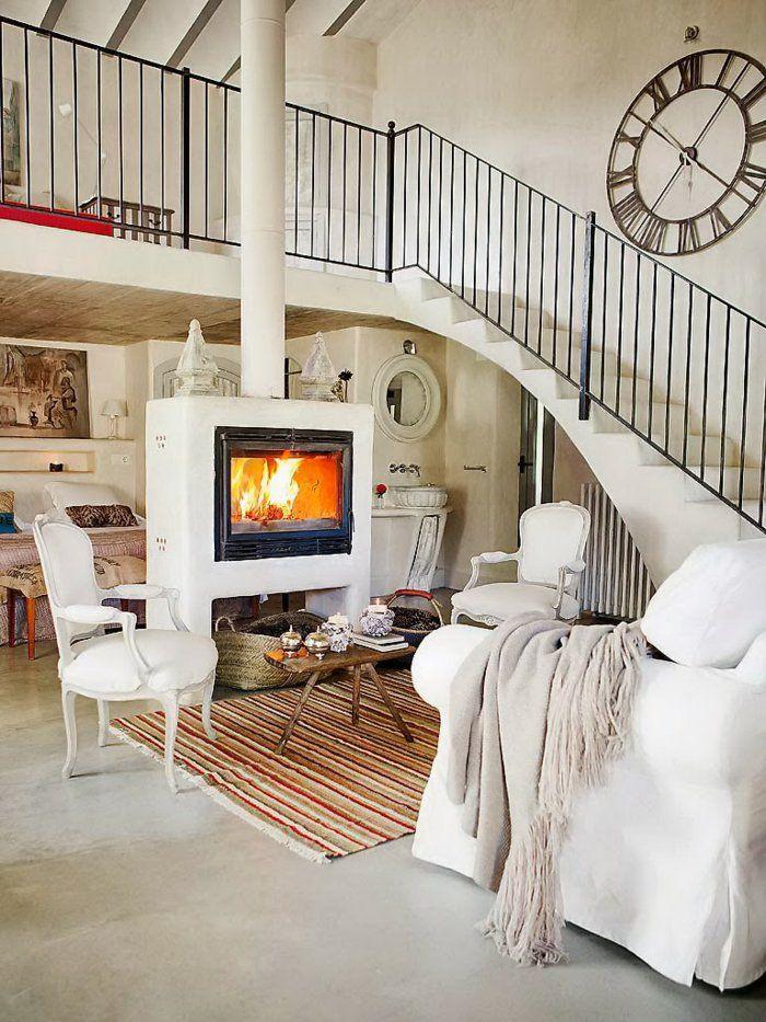 Wohnzimmer Einrichten Beispiele Streifenteppich Wanduhr Innentreppen