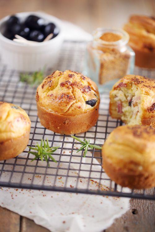 check out petits gâteaux au yaourt aux lardons et aux olives. it's