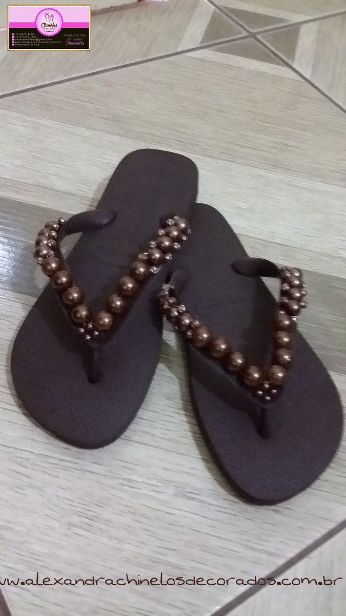 e13b4e99d Chinelo decorado marrom com carinho … | flip flops | Decor…