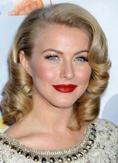 1940s Hairstyles For Medium Length Hair Google Search Medium Length Hair Styles Medium Hair Styles Vintage Hairstyles