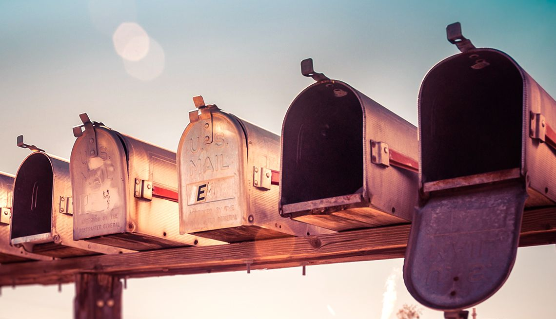 Con Artists Can Easily Change Your Mailing Address