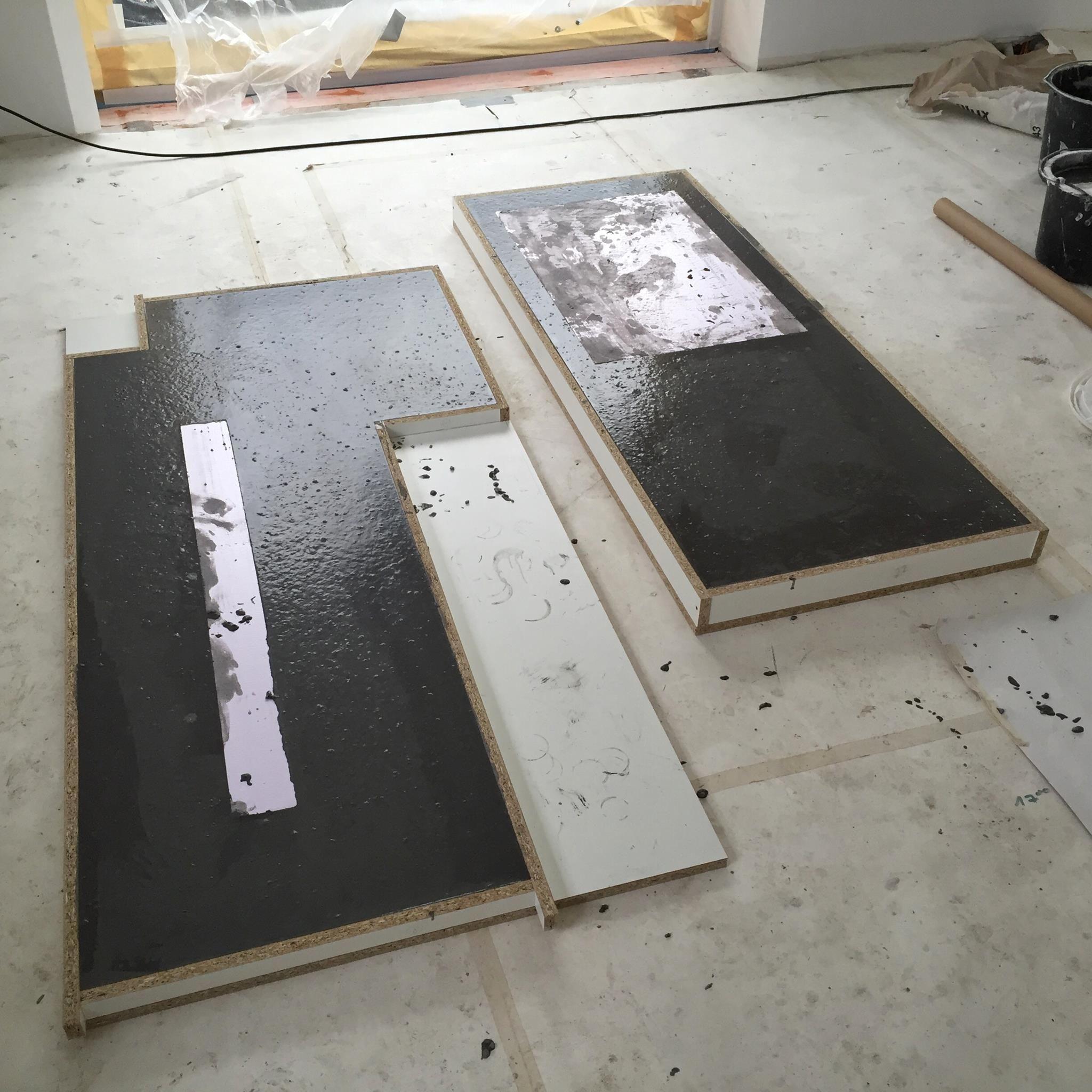 Arbeitsplatten Aus Beton Diy Bigmeatlove Mit Bildern Arbeitsplatte Selbermachen Beton Beistelltisch Kuche