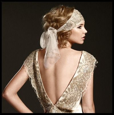 I love 20's inspired wedding gowns!