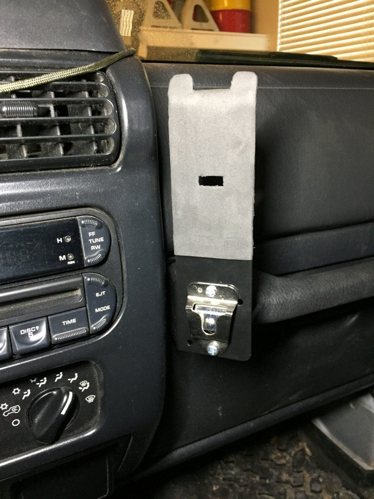 Diy Handheld Ham Radio Mount For Tj Jeep Wrangler Tj Forum In