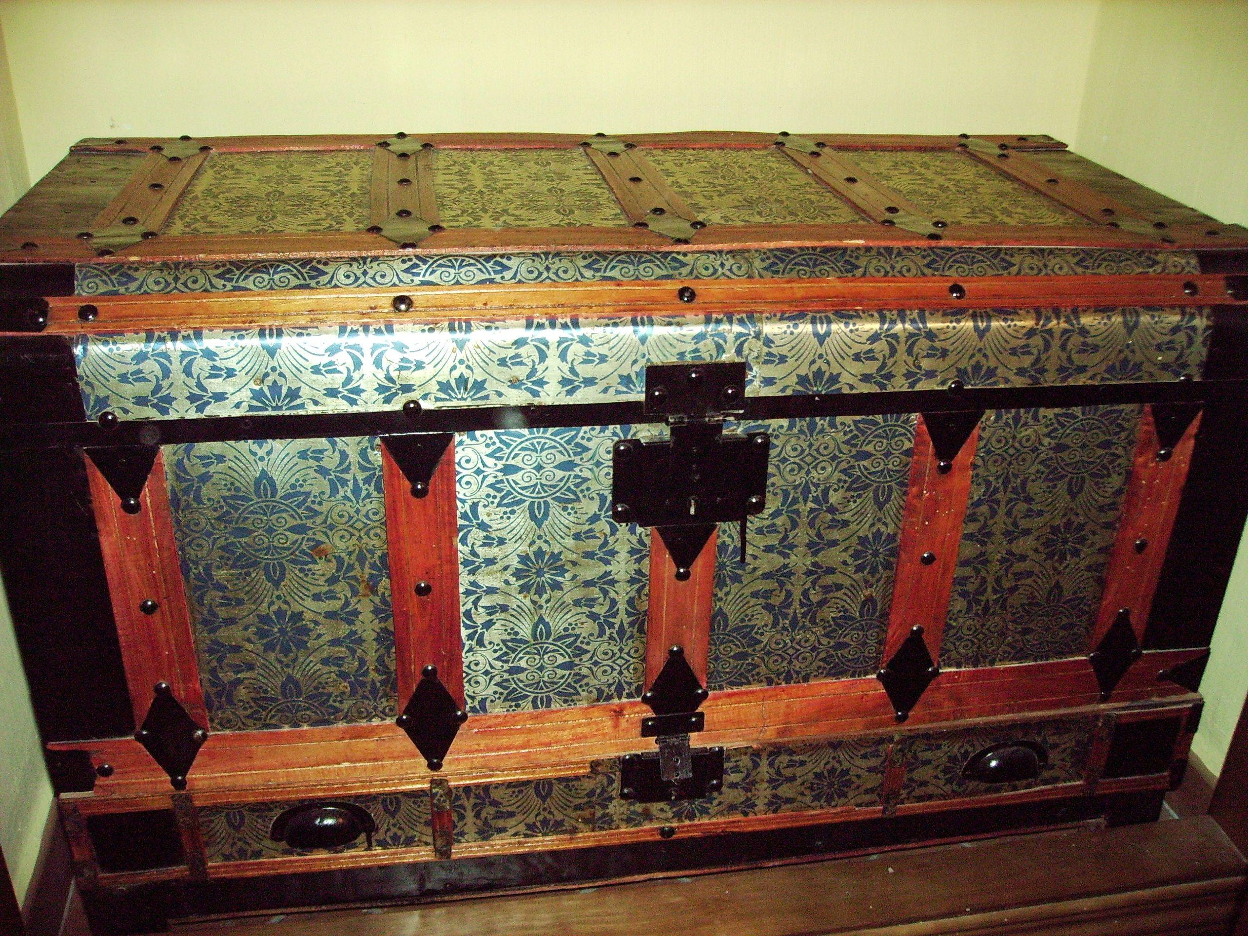 Baul 2560 1920 baules pinterest - Decorar baul vintage ...
