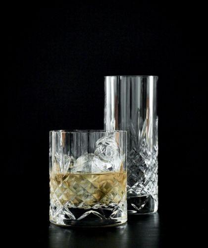 Rålekre glass i krystall! Gaven til den som har alt...Laget uten bly, og tåler oppvaskmaskin.Pakke med 2 glassØ 8,5 cmH 9,7 cm