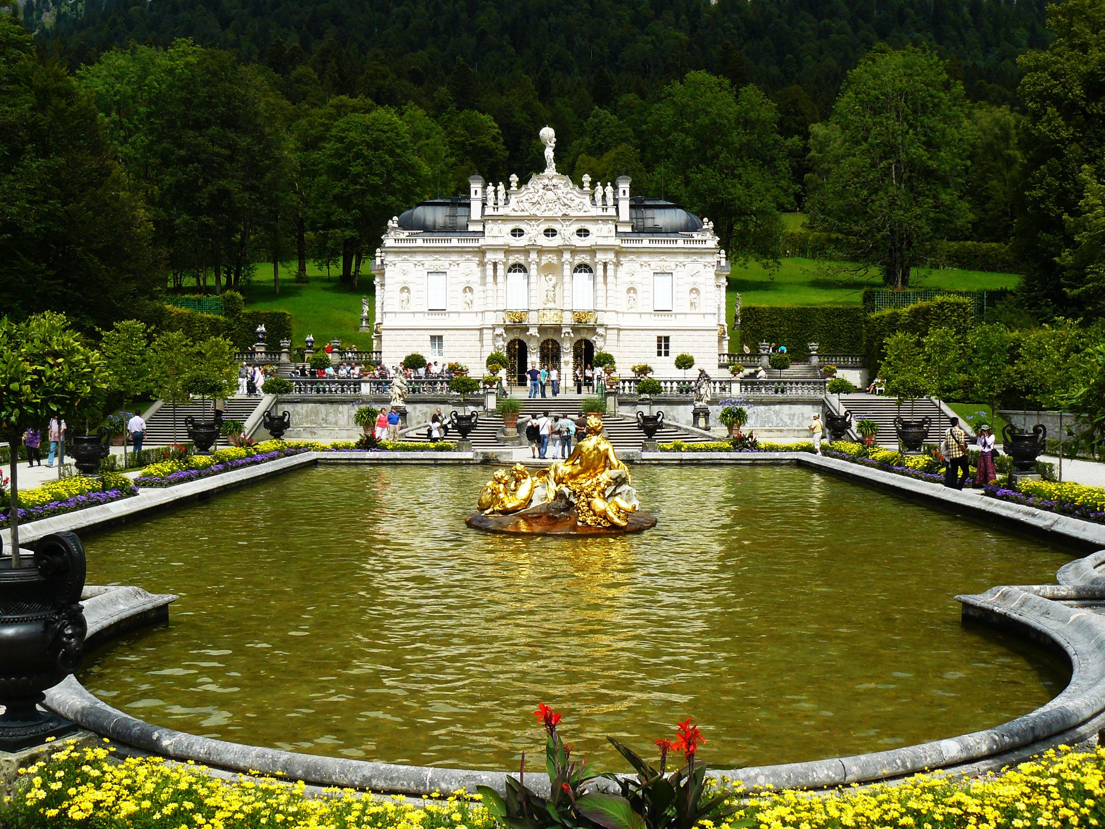 Schloss Linderhof Und Venusgrotte Germany Castles Castle Oh The Places You Ll Go
