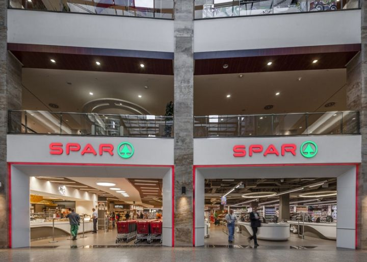 Spar Supermarket Flagship Store By Lab5 Architects Budapest Hungary Retail Design Blog Supermarket Design Supermarket Display Retail Design