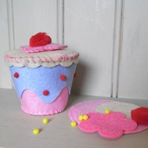 Cup Cake Trinket Box Felt Craft Kit
