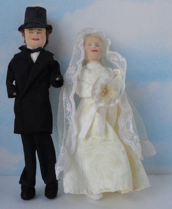 Vintage Hand Made Bride and Groom Ragdolls. Wedding by Cosasraras
