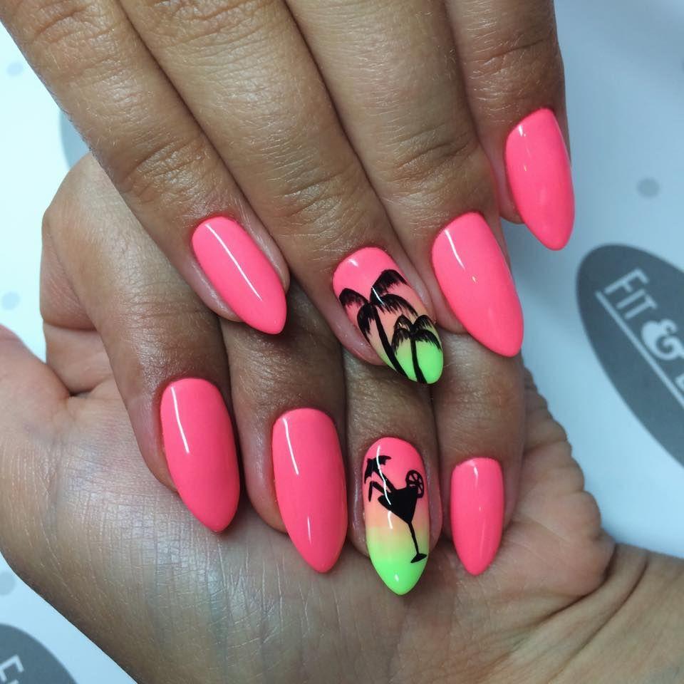 summer nails palm tree <3
