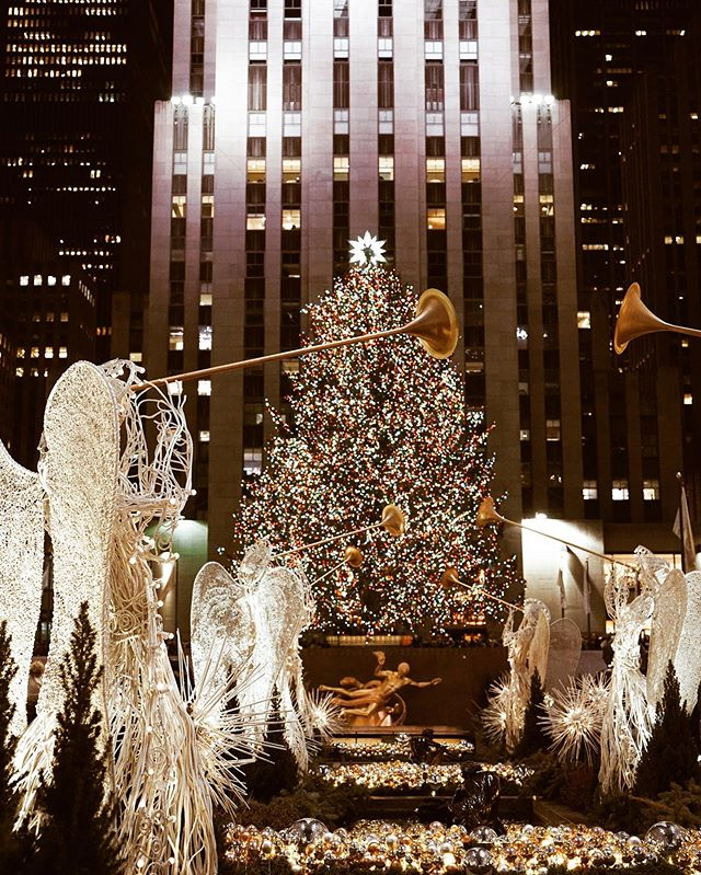 "Fanny Prum on Instagram: ""87th Rockefeller Christmas Tree | New York #christmastree #rockefellercenter #rockefellerchristmastree #manhattannyc…"""