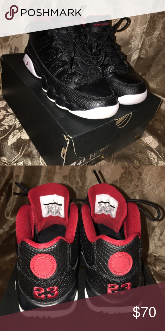 e9d2de9132977c Air Jordan 9 Retro Low Bred Size 4.5 in big kids Worn less than 5 times