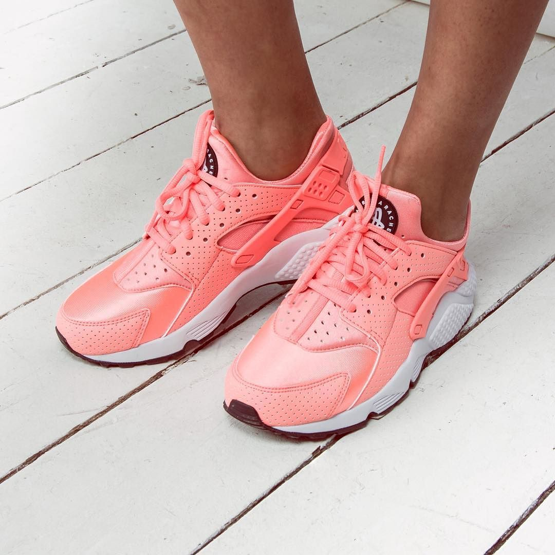 Sportista obećanje ovratnik nike air huarache atomic pink
