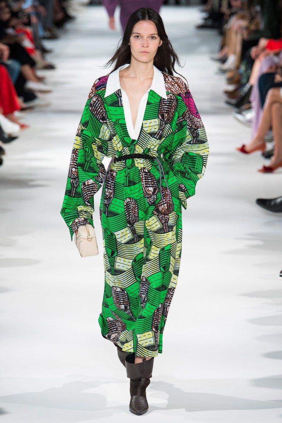 4376d76cddb Stella McCartney Spring 2018 Ready-to-Wear Fashion Show